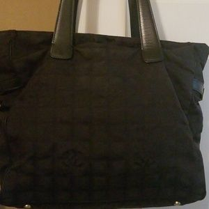 AUTHENTIC CHANEL BAG ..USED BUT STILL IN GREAT CON